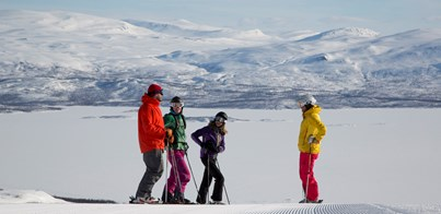 4 REASONS TO HEAD TO SWEDISH LAPLAND FOR YOUR SHORT WINTER BREAK