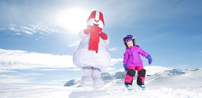 FAMILY SKI TRIPS: THE DO'S AND DON'TS FOR A PERFECT HOLIDAY