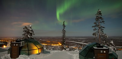 GLASS IGLOOS: SKIING AND AURORA HOLIDAYS IN FINNISH LAPLAND